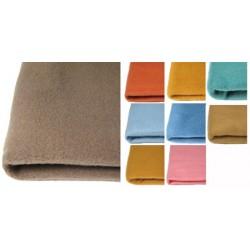 Lot de 20 couvertures unies ourlée 2 côtés polyester Trévira non feu M1 130x180 cm